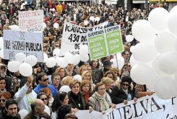 Registro de cartas a los máximos responsables y cargos sanitarios del Gobierno andaluz y continuidad de la demanda judicial contra la fusión hospitalaria onubense.