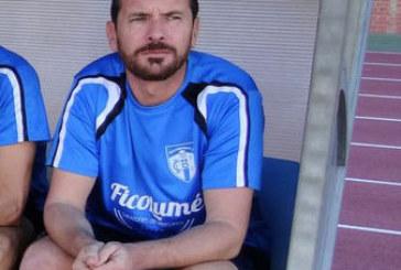 Francis Acosta, destituido como entrenador del Isla Cristina