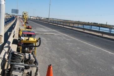 800.000 euros. Las obras de mejora del acceso de Isla Cristina y el refuerzo del puente de entrada