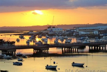 La Junta saca a venta directa dos barcos de Isla Cristina