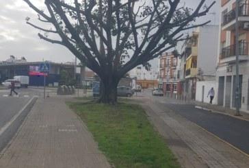 "Monolito ""Bienvenidos a Isla Cristina"""