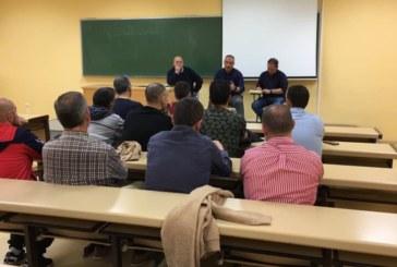 Reunión informativa con los entrenadores de Primera Andaluza