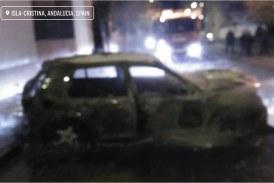 Una persona, herida tras explotar un vehículo en Isla Cristina