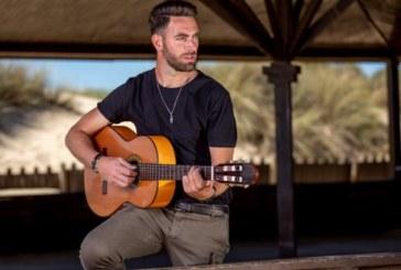 El cantautor isleño Julio Roldán edita 'Tangos de la mañana'