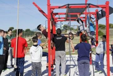 Taller de Calistenia dentro del programa de sábados deportivos de Islantilla.
