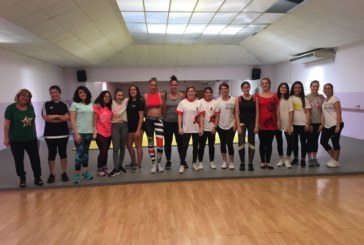 Más de una veintena de mujeres isleñas participan en un Taller de Autodefensa