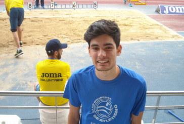 Héctor Santos gana el Meeting de Ibiza y bate a Eusebio Cáceres