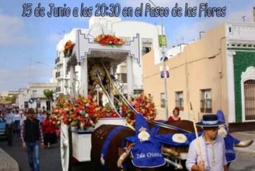 Moda actuaciones musicales en el Paseo de las Flores de Isla Cristina