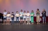 Isla Cristina homenajea a su comunidad educativa
