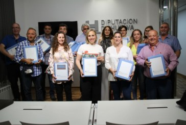 Diputación entrega 21 proyectos del PFEA redactados para 13 ayuntamientos de la provincia
