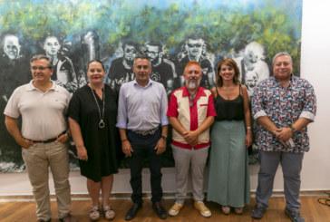 El artista isleño Miguel Ángel Concepción inaugura exposición en Isla Cristina