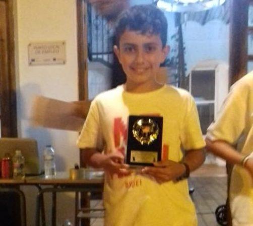 Kevin Campeón sub 12  del Torneo de ajedrez celebrado en La Redondela