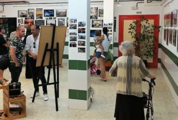 Hasta el domingo puede visitarse la exposición que sobre Isla Cristina expone la AFIC