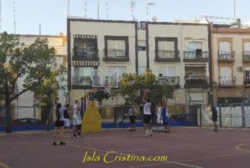 El XXXVI Campeonato Internacional de Baloncesto de Isla Cristina llena de deporte las tardes de agosto