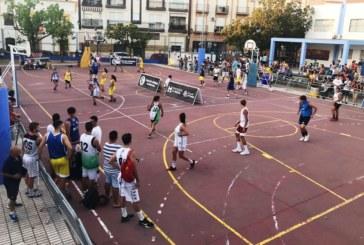 Mucho deporte en Isla Cristina durante un fin de semana caluroso