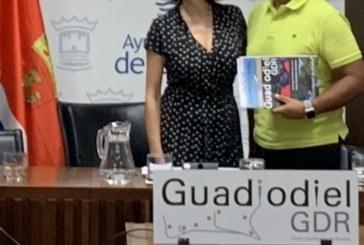 Salvador Gómez, alcalde de La Redondela cede la Presidencia del GDR GUADIODIEL