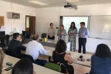 Taller de Andalucía Lab sobre Linkedin en el CEFO de Islantilla