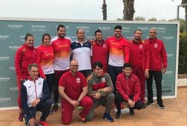 El lanzador de élite Javier Cienfuegos entrenó en Isla Cristina como preparación para el mundial