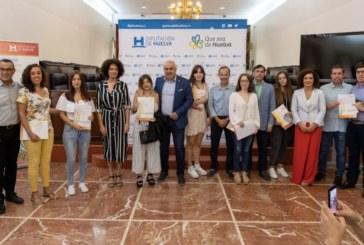 65 jóvenes de la provincia reciben las becas HEBE