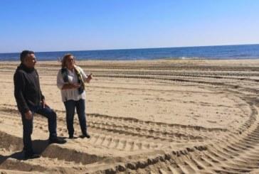 María Luisa Faneca, asegura en isla que Sánchez cumple con la Costa de Huelva