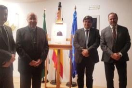 Reconocimiento de la sociedad onubense a la labor pastoral de monseñor Viaplana