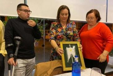 La Hermandad del Rocío de Isla Cristina homenajea a «La Familia»!