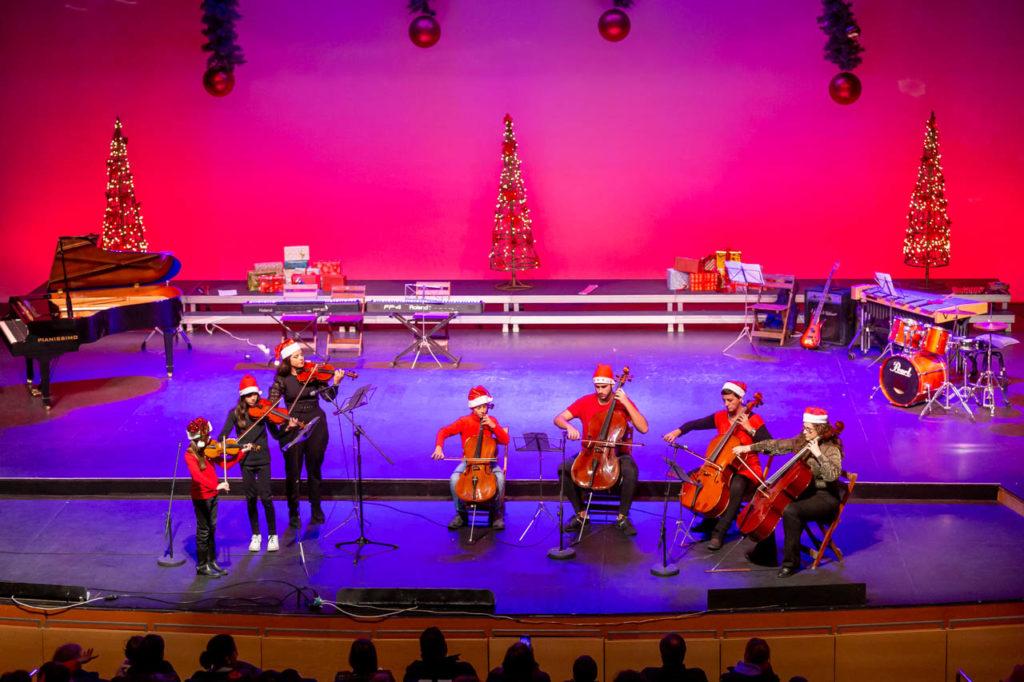 Más de un centenar de alumnos y alumnas participan en el Concierto navideño del Conservatorio isleño