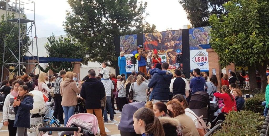 Hay vienen los Reyes Magos caminito de Radio Isla Cristina