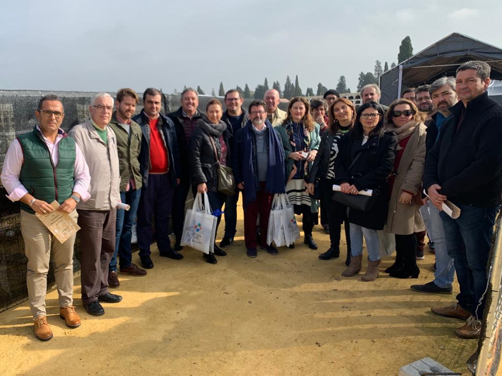 La Ruta de Blas Infante realiza una visita oficial a donde está enterrado el Padre de la Patria Andaluza