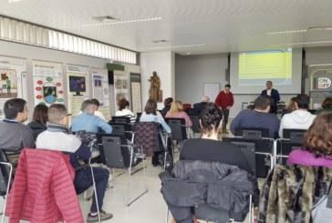 Diputación forma a cien técnicos de la provincia sobre el uso positivo y saludable de las nuevas tecnologías