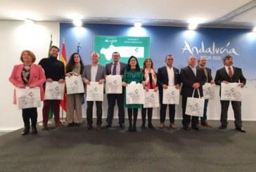 Isla Cristina presenta en la feria internacional de turismo de Madrid, FITUR, sus proyectos como destino turístico