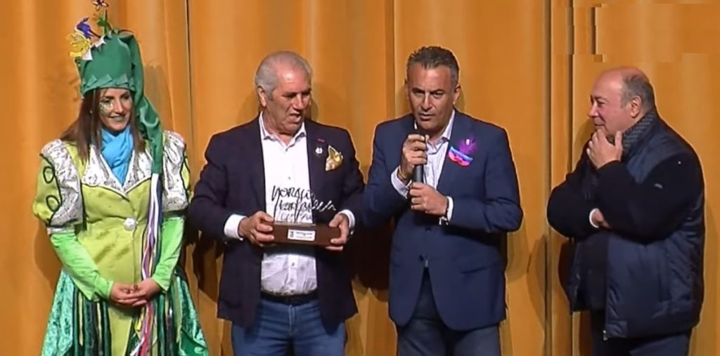 El Ayuntamiento entrega a Manolo Casado el 'Horacio Noguera'