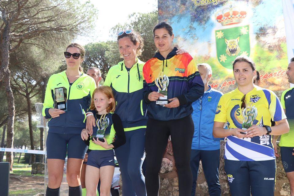 Rubén Lopes y Estefanía Rouco ganan el Cross El Corchito