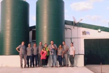 La explotación agrícola 'La Gallera Ríos', de la Granada, accésit del Premio Malacate