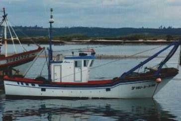 Naufragio del pesquero con base en Isla Cristina «Santa Pola» frente al espigón de Punta Umbría