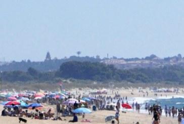 En Isla Cristina estudian las posibles acciones en las playas de cara a la reapertura