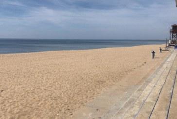 Confusión con la fecha de apertura de las playas de Huelva