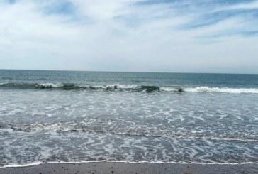 Isla Cristina abre sus playas a la práctica deportivas y paseos