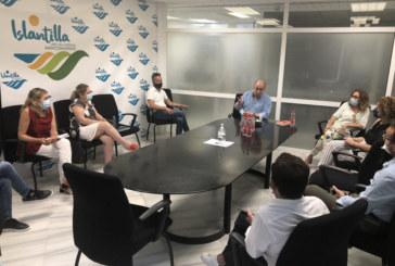 Encuentro con empresarios y visita oficial a la Playa de Islantilla