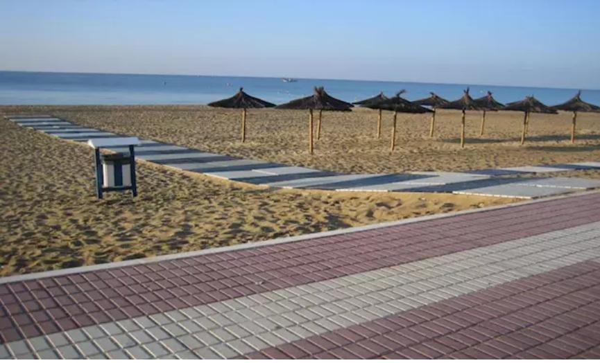 La Consejería de Salud declara aptas las zonas de baño de Huelva