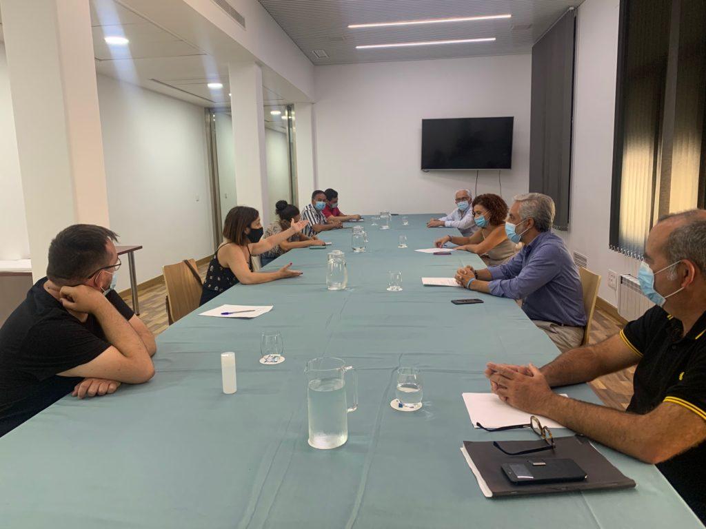 Diputación mantiene un encuentro con las asociaciones que gestionan los comedores sociales de la provincia de Huelva