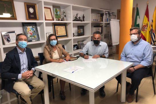 Firmado el convenio para la prestación del Servicio de Ayuda a Domicilio en Isla Cristina