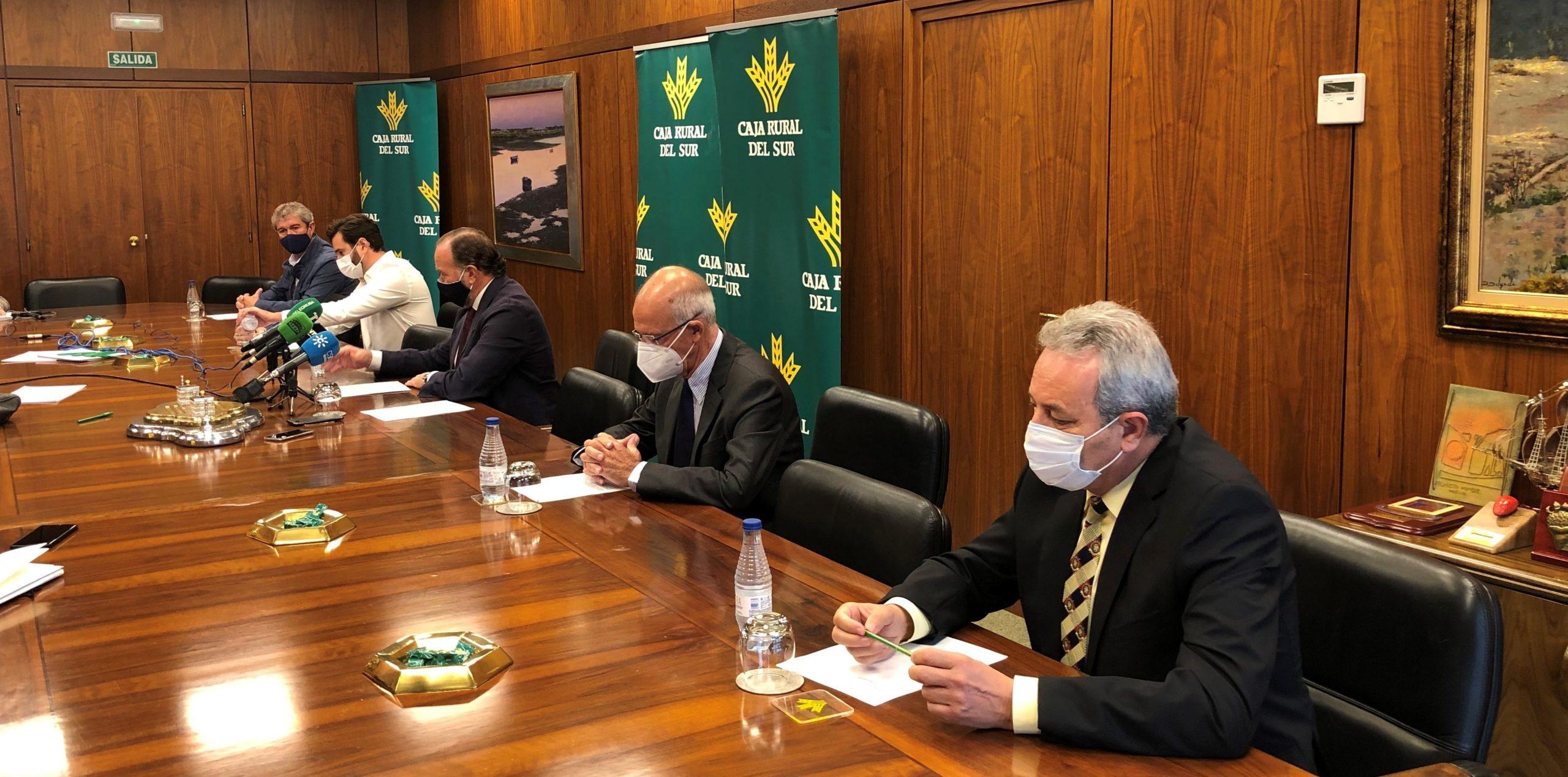 Caja Rural del Sur aporta 4 millones de euros para apoyar junto a otras empresas proyectos de inversión relevantes para Huelva