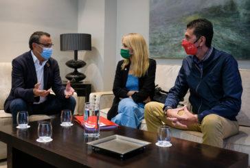 El presidente de la Diputación de Huelva se reúne con UGT para analizar la situación sociolaboral de la provincia