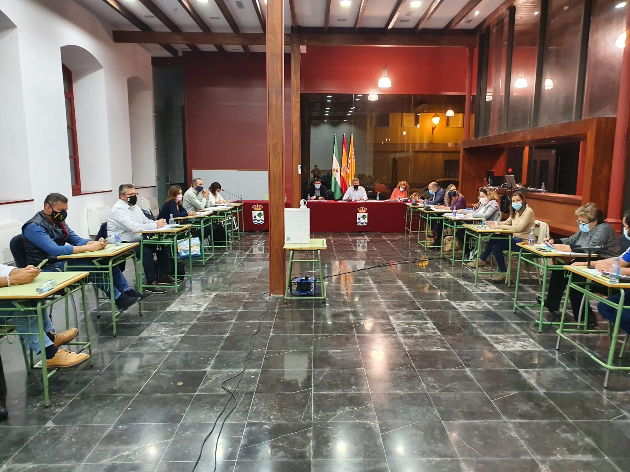 El Ayuntamiento de Isla Cristina celebra el debate plenario correspondiente al mes de octubre