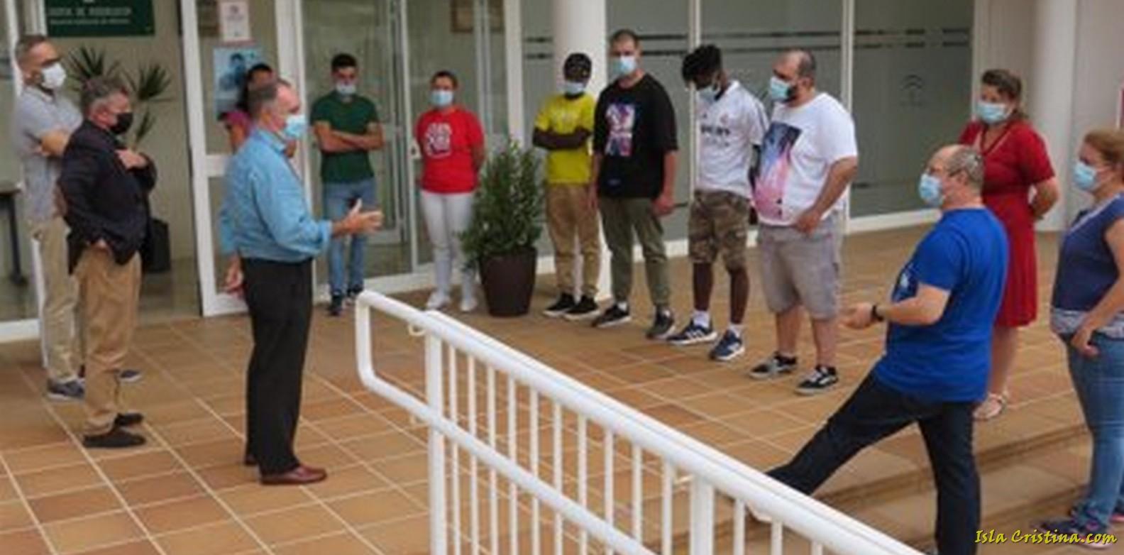 Doce empresas facilitan prácticas profesionales a alumnos de la Escuela de Hostelería de Islantilla