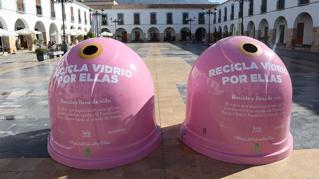 """Isla Cristina solidaria con la campaña """"Recicla vidrio por ellas"""""""