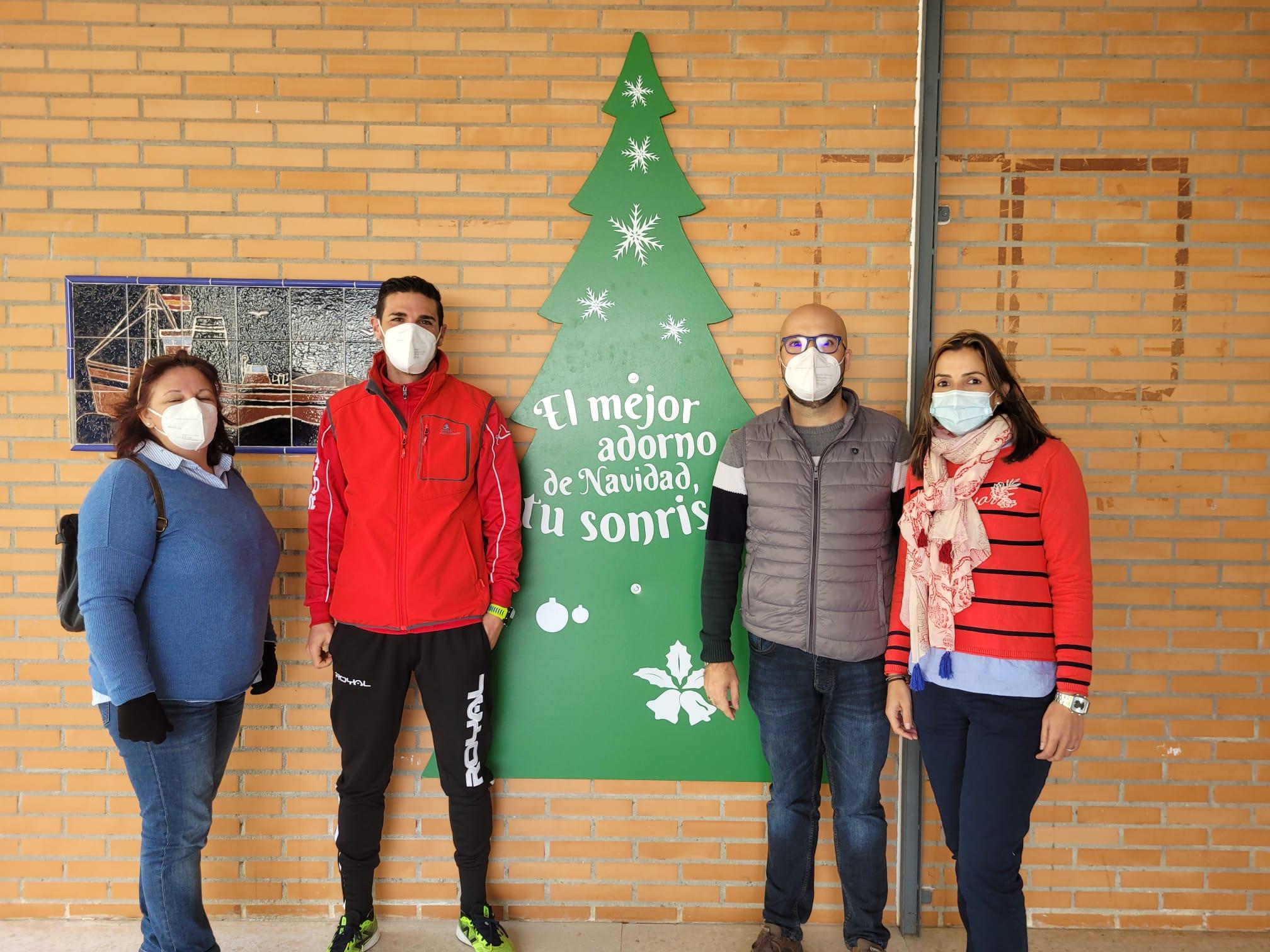 El Ayuntamiento invita a los centros escolares a que adornen sus fachadas estas Navidades