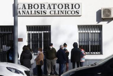 La Guardia Civil investiga el origen de la subida de casos en fiestas descontroladas en Isla Cristina