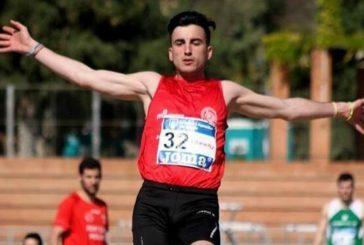 Carlos Martín campeón en triple del Andaluz indoor
